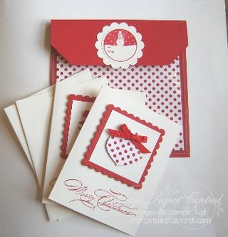 Holly Berry Bouquet Card Set