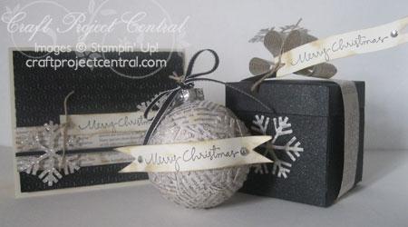 Vintage-Ornament-&-Card-Set